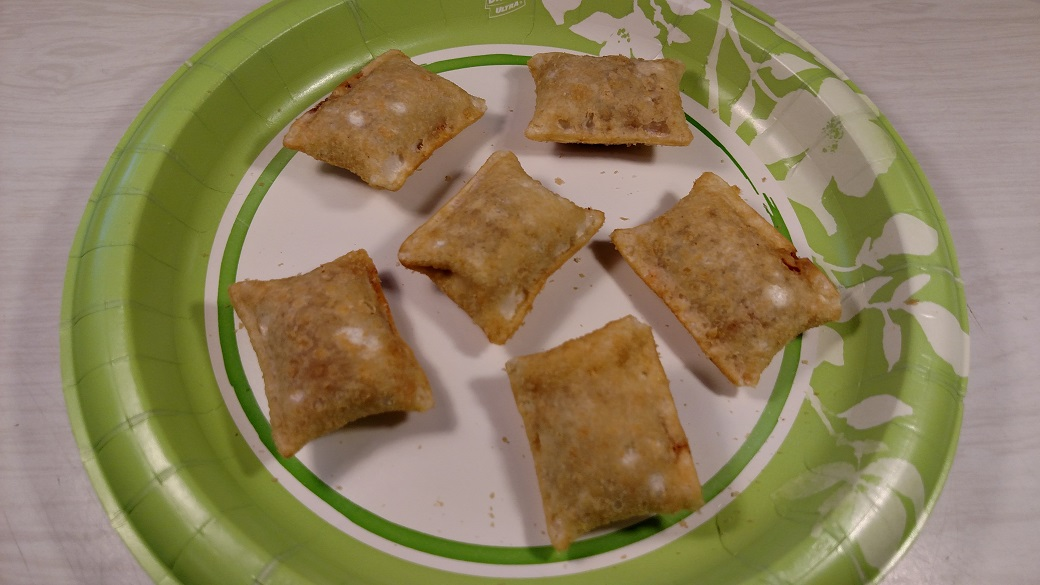 Review: Totino's Bacon & Pepperoni Pizza Rolls (New ...